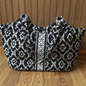 Bella Taylor Black & White Quilted Purse